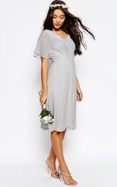 Knee-Length Lace Poet Sleeve V-Neck Chiffon Bridesmaid Dress With Ruching