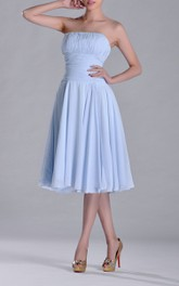Knee-length Sweetheart A-line Ruched and Pleated Chiffon Bridesmaid Dress