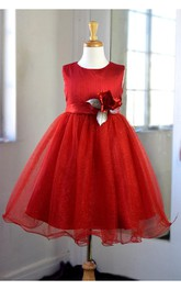 Scoop Neck Sleeveless Pleated Tulle Ball Gown With Flower Sash