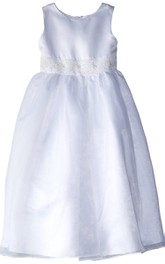 Sleeveless A-line Dress With Beadings and Bow