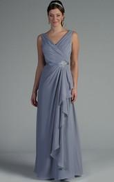 V Neck Sleeveless Side Drape Chiffon Long Mother Of The Bride Dress With Crystal Satin Sash