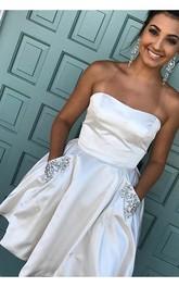 A-line Sleeveless Taffeta Strapless Zipper Short Mini Homecoming Dress