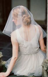 Simple Tulle Short Shoulder Wedding Veil