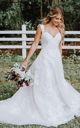 Elegant Straps Lace Tulle A Line Floor-length Sweep Train Sleeveless Wedding Dress with Appliques