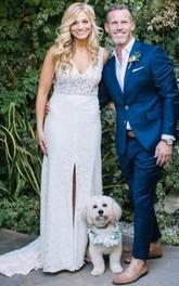 Lace Court Train Sheath Sleeveless Vintage Elegant Wedding Dress with Split Front