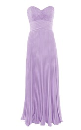 Elegant Sweetheart Pleated A-line Dress With Lace Appliques