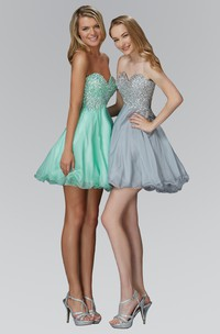 A-Line Short Sweetheart Sleeveless Chiffon Dress With Sequins And Beading