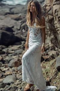 Long Sheath Spaghetti Straps Lace Beach Wedding Dresses