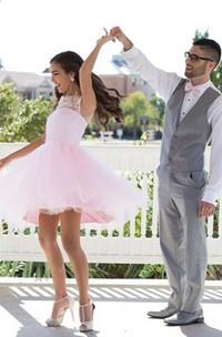 A-line Sleeveless Lace Tulle Jewel Zipper Knee-length Homecoming Dress