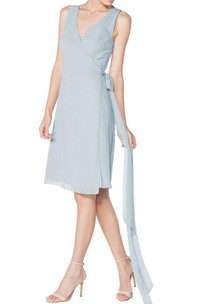 V-neck Sleeveless Chiffon Short Dress with Sash
