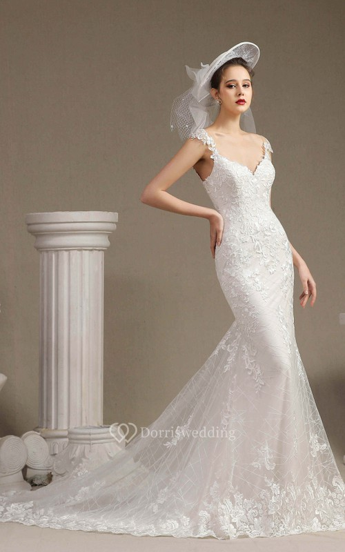 Sexy Mermaid V-neck Wedding Gown With Appliqued Straps Illusion Back And Lace